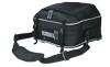 Отстёгнутое верхнее отделение возможно использовать как сумку с плечевым ремнём